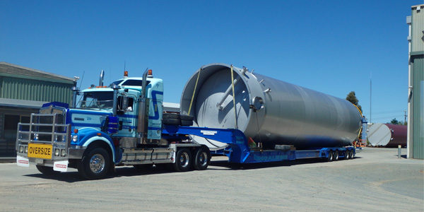 completed-tank-loaded-in-furphy-yard-600